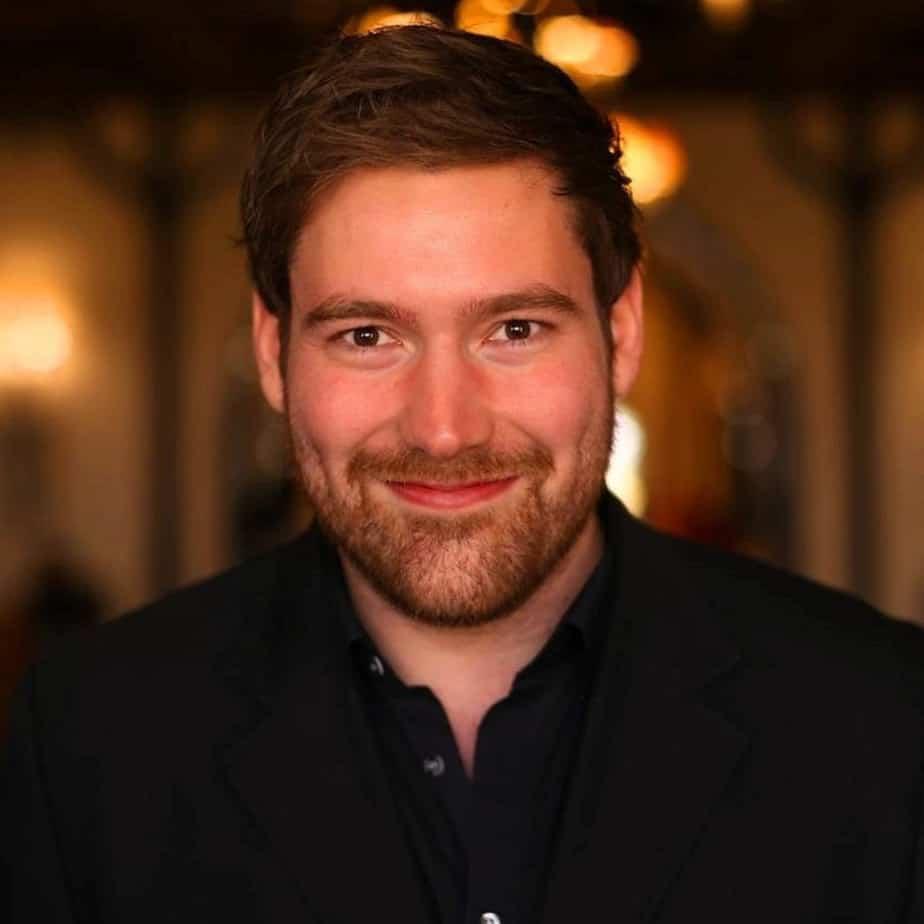 Dr. Philipp Busch
